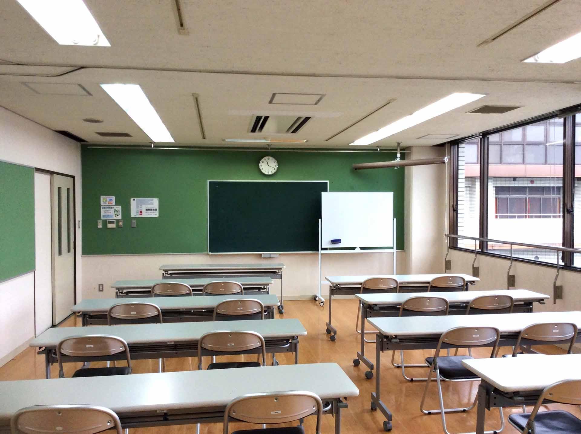会議室302