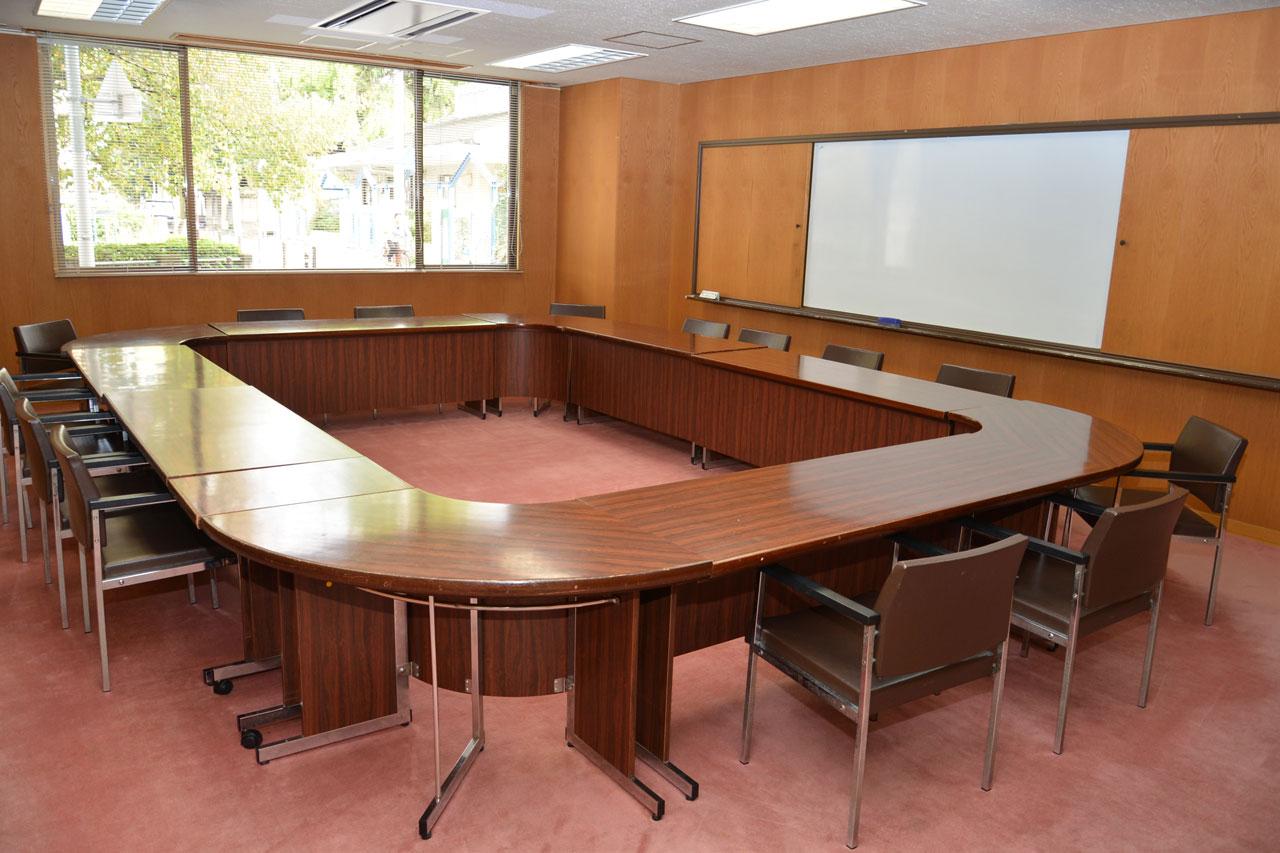 会議室101